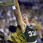Larry Bird et  Bob McAdoo 1985