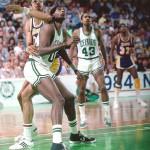 Robert Parish et Kareem Abdul-Jabbar 1983