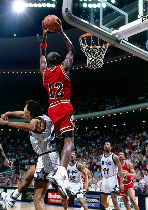Michael Jordan N°12