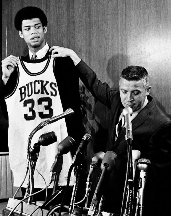 Kareem Abdul-Jabbar Bucks Milwaukee