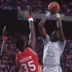 Pat Ewing - Akeem Olajuwon - Finale NCAA 1984