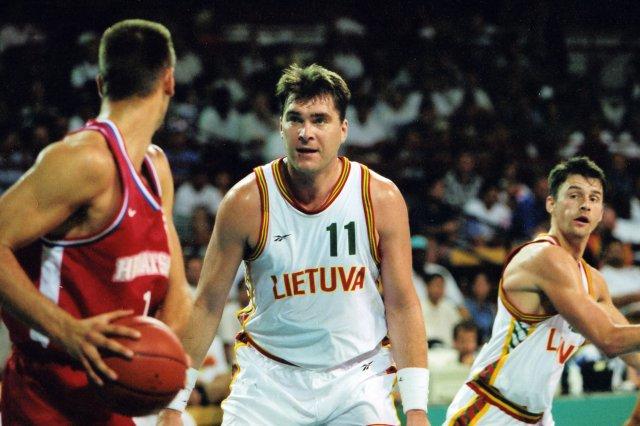 Arvydas Sabonis : monstrueux sur ce match comme sur l'Euro 95 !!!