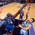 Stojakovic - O'Neal - 2002