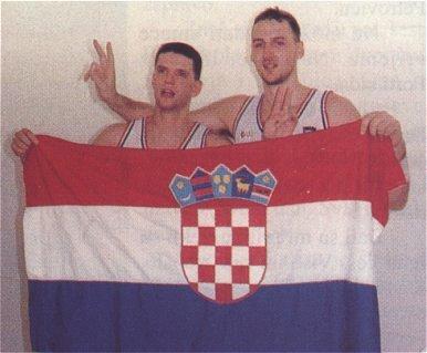 Drazen Petrovic & Dino Radja : après le Plavi de la Yougoslavie, voici e rouge de la Croatie