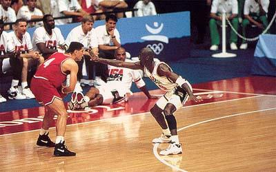 Petrovic est le seul jeur qui tiendra vraiment tête à Jordan et Cie
